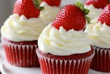 Cupcakes. / by Kaylyn Leigh Braga