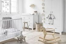Neutral Nursery Designs / Create a calming neutral nursery design with our decorating tips, style inspiration and baby decor guides. Mum's Grapevine: love parenting. www.mumsgrapevine.com.au