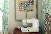 Crafts / by Brenna Jachymowski