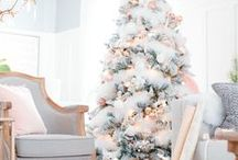 :: THE HOLIDAYS :: / holidays, christmas, gifts, decor, decorations, home decor, tablescapes, table settings, lifestyle blogger, design blogger