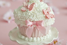 Cupcakes, Cupcakes and More Cupcakes! / by Jeanne Smith