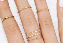 Jewelry: Rings / A great way to make a statement is by wearing rings! Midi rings, statement rings, bling rings, wedding rings... I have it all! All the pretty things for your fingers can be found here!