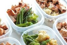 Food: Meal Prep / Meal prepping is one of the smartest things to do so you are able to stick to your goals! Find all the greatest meal prep suggestions here!