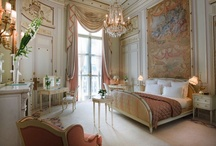 le Chic Boudoir / Fabulous bedrooms you'll never want to leave!