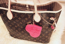 Bag <3 / by Heather ♛ Roon