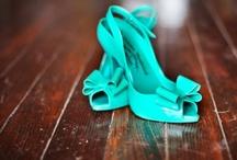 Accessorize - shoes, bags, scarves