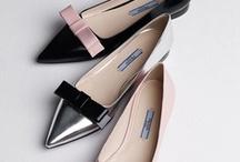 Scarpe / Shoes / Zapatos  [Femme] / Just like a virtual Imelda Marcos... / by LuceBuona