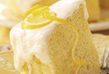 Foodie Sweets / by Monica Ghioc-Brickley