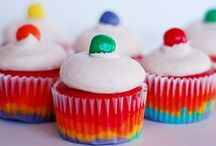CUPCAKES - YUMMY / by BELLE PINS