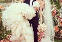 wedding ideas / by Amandalyn Lemire