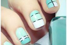 Pretty Pretty Nails / by Allison Lines