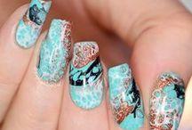 Amazing Nail Art and Nail Polish / Amazing nail art, best nail art, nail polish, nail polish swatches, nail polish reviews. Awesome nail art!