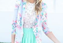 Style / great clothing and outfits and a few backpacks and scarves sprinkled in / by Julia