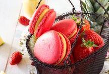 Foods / by Simone Beatriz