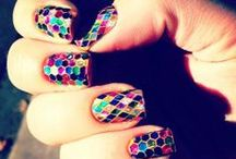 Nails / by Savannah Goodin