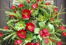 Crazy about WREATH's / by Stephanie McClure