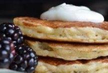 Pancakes & Waffles / Mmmm.... Pancakes!