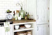 Kitchen / by Lisa Peipert