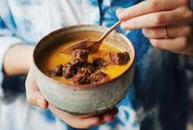 soups, curries and stews / Wholesome and satisfying plant-based soups, curries and stews (vegetarian and vegan)