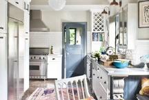 Kitchens / by Britt Amos