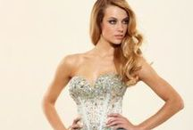 Stand Out in Short / Stand apart from the crowd in these fun and flirty short prom dresses. / by Golden Asp
