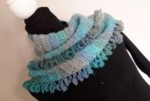 Crochet Scarf and Cowl Video Tutorials and Written patterns / Find all my scarf video tutorials on this one board, many of them have free written patterns.