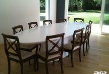 Tables / Tables en matérieau Corian®