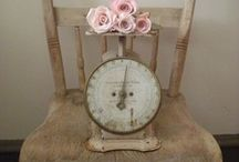 Shabby Love / I'm always drawn toward shabby chic-dom! So pretty and timeless what's not too love?