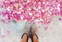 j u s t  L O V E L Y / Colorful, lovely, eye catching, whimsical & wonderful...