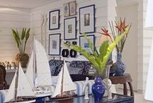 BLUE & WHITE LIVING ROOM
