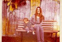 Motherhood photos / Pregnant, fashion inspiration mums with kids #glamour #stylish #moms, #pregnant #kids
