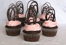 CUPCAKES (CHOCOLATE) / by Lana Gould