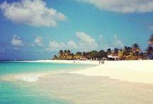 Paradise Found / Island and beach getaways around the world. www.thetravelingscholar.com