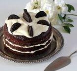 Doces / Doces, bolos e sobremesas servidos com estilo.