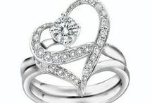 RINGS / ~ beautiful hand decorations ~ / by green eyes