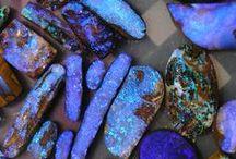 Crystals,Gems & Minerals
