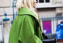 Colour : Green