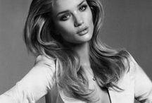 Style : Rosie Huntington-Whitely