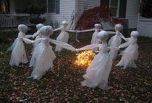 h o l i d a y s.   halloween