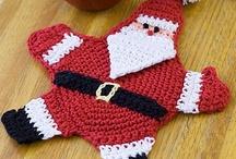 Crochet: Christmas: Potholders / by Polly Wickstrom