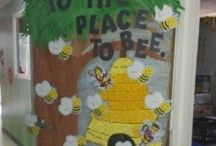 Bulletin Boards: Bee-Themed / by Polly Wickstrom