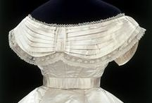 Antique/Vintage Wedding Gowns / by Robyn