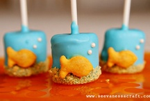Cake Pops, Marshmallows, Pretzels / by Cathy Pedego