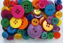 Buttons, Boxes, Hearts EDE / by Elvia EAS.