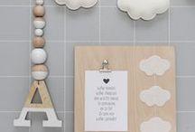 Wolkjes - ook op je geboortekaartjes / Wolkjes zijn in het leven van een baby veelvuldig aanwezig. Wolkjes op geboortekaartjes, op de babykleertjes: helemaal hip! Wij zetten de leukste items op een rijtje.