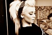 Beautiful Blonde / by Dawn Morgan