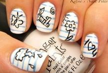 Get polished / FUN, FUNKY, Nails when its raining out