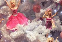 Christmas / Trees, decorations, gift wrapping, table settings, recipes & ideas.