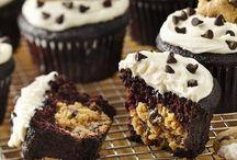 Gluten Free Sweets / Gluten free desserts / by Shawnda Campbell