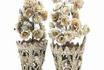 shell art .... seashell flowers / by Agnes Strauss